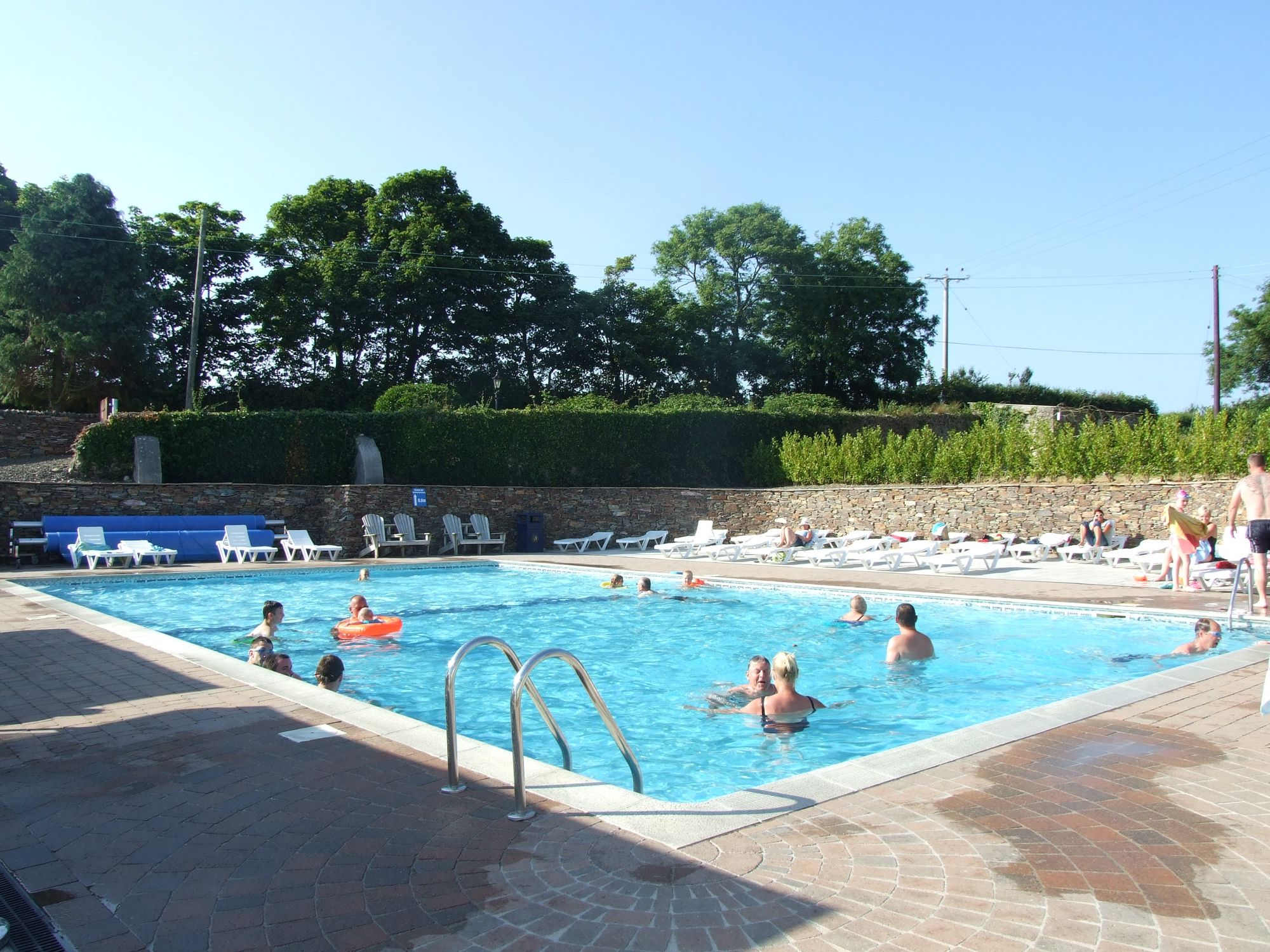 Tregarton Park Swimming Pool