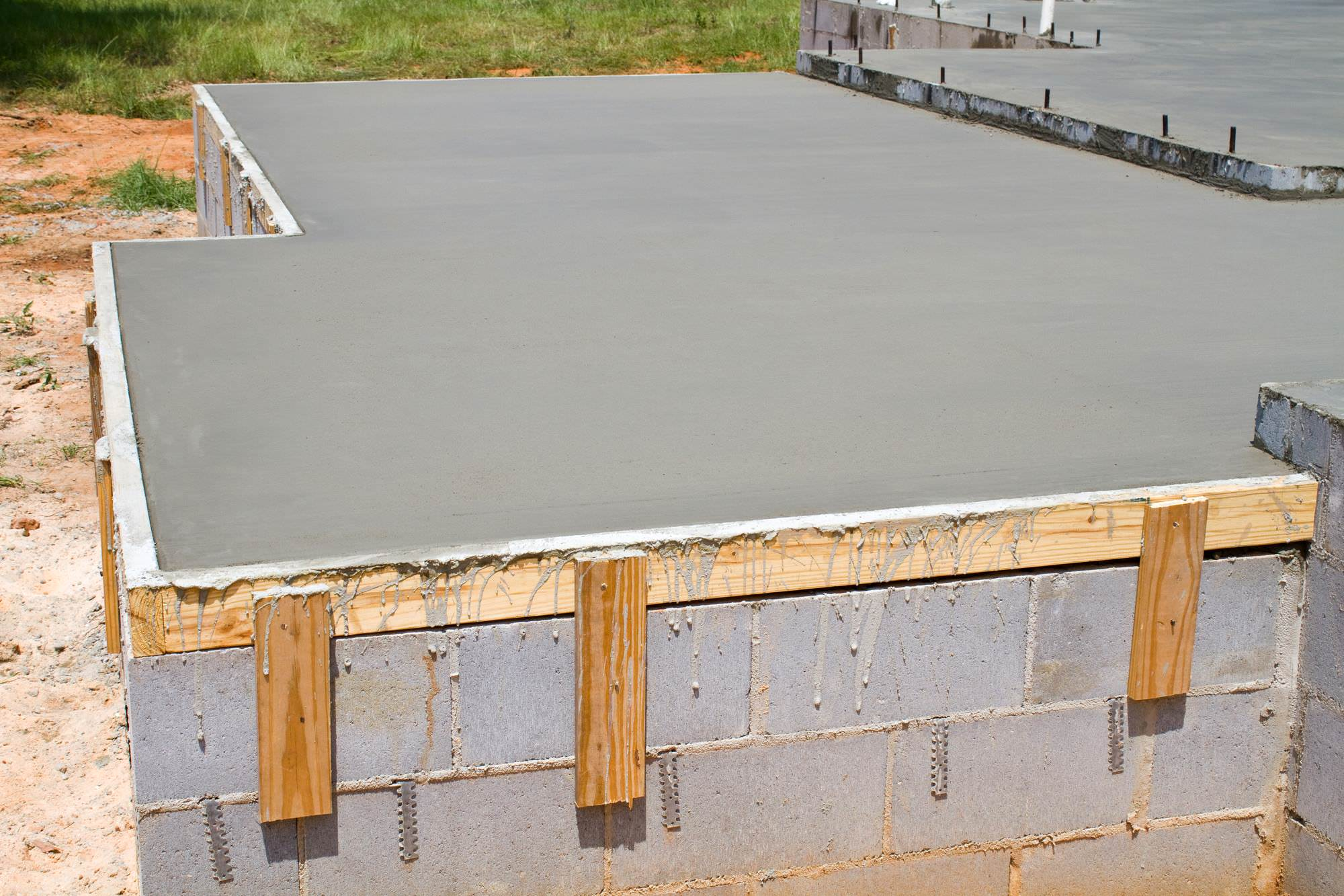 What is the fastest way to cure concrete